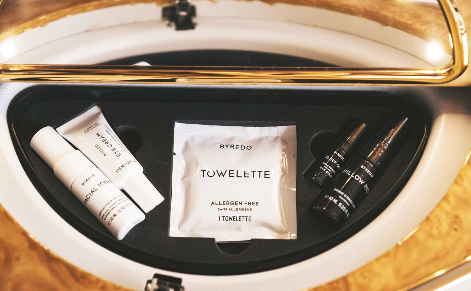Luxurious products in Emirates First Class