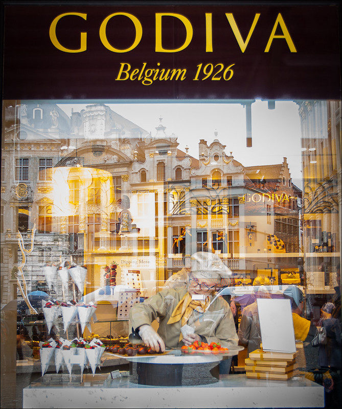 24 hours In Brussels:Godiva Chocolate store in Grand place brussels clicked by Joe Turic