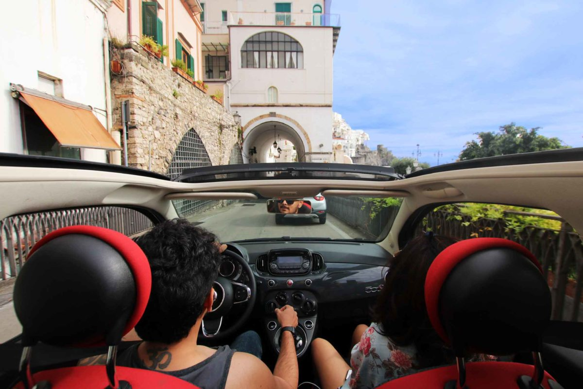 Rent a car for day trips from Naples