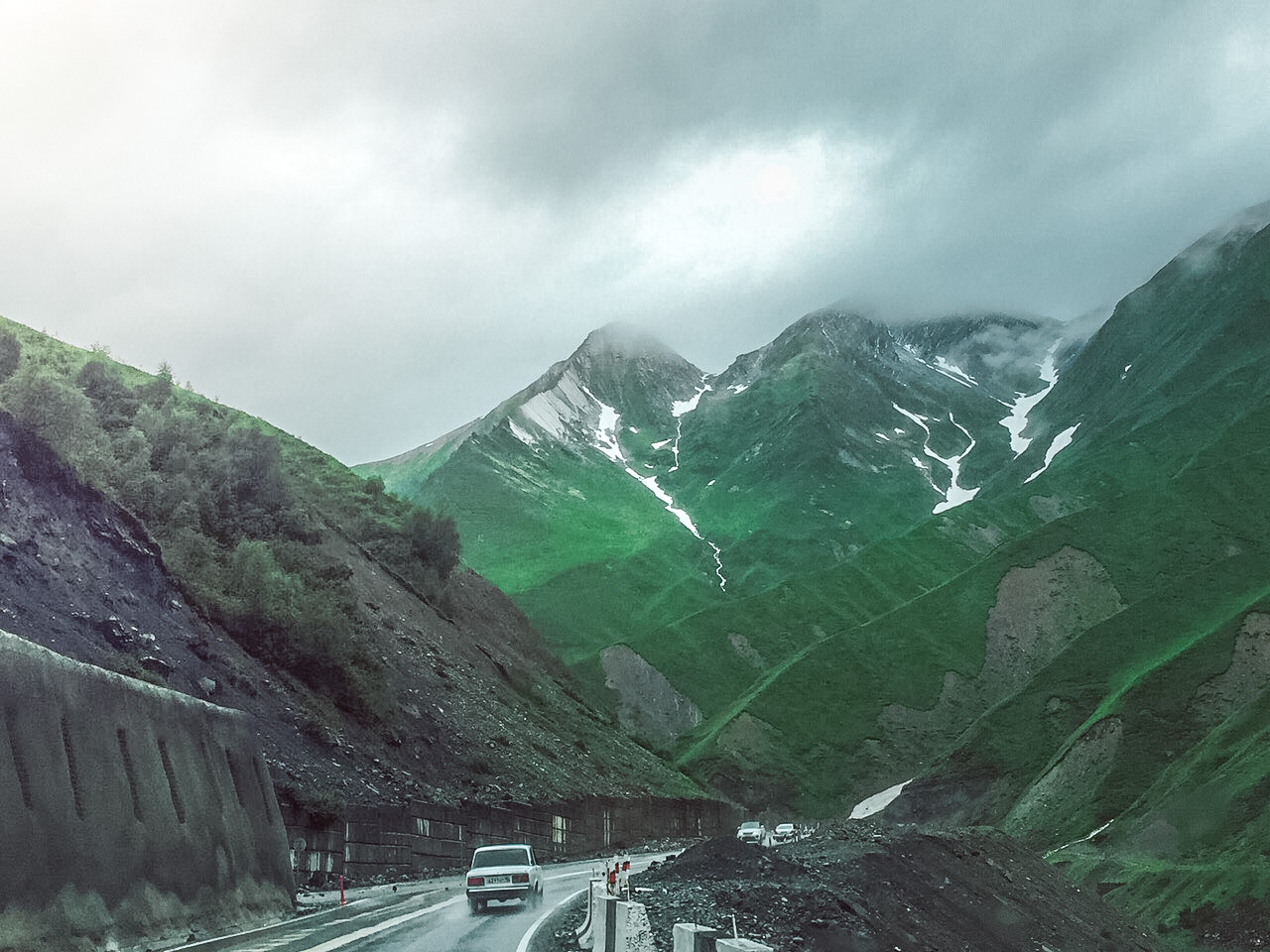 Drive through the mountains of Kazbegi